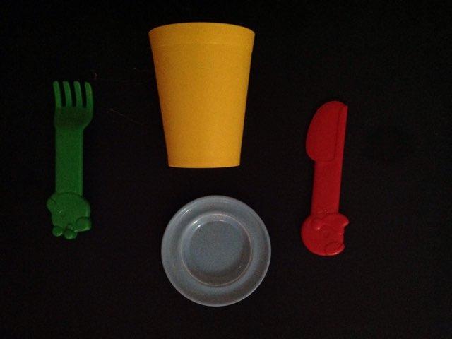 יוכבד משחק כלי בית לוח 6 by Arwa Qneibi