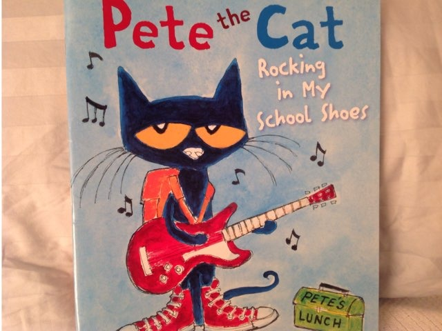 Pete The Cat: Rocking In My School Shoes by Lori Board