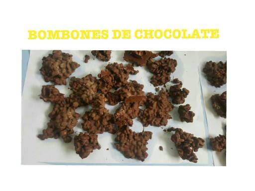 Bombones de chocolate by Crecerfelicesenelcole Zaraglez
