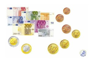 euros  by ANDREA GONZALEZ