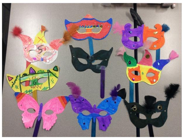 Máscaras De Carnaval 2019 by Emily Urquizo