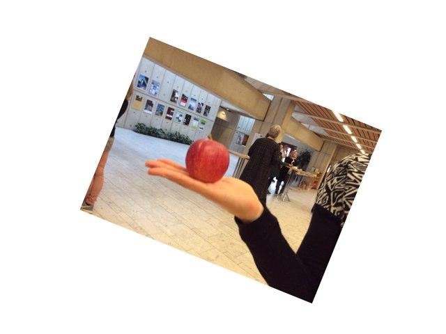 Æble  by Julie Jørgensen