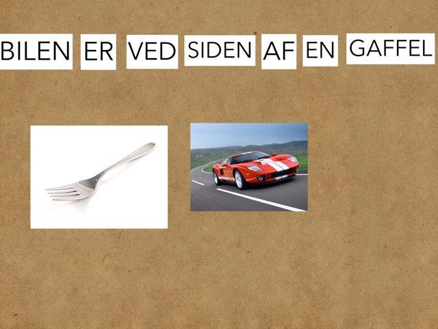 Bilen er ved siden af en gaffel  by Gudrun østergaard