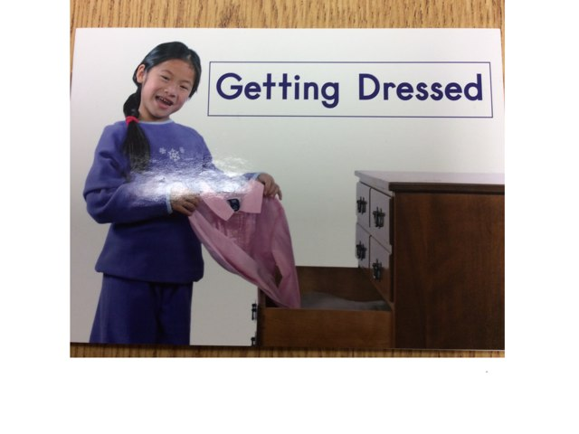 Getting Dressed Book 18 Level A Green by Tatiana Wandell