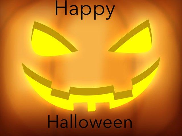Halloween  by Maia carter