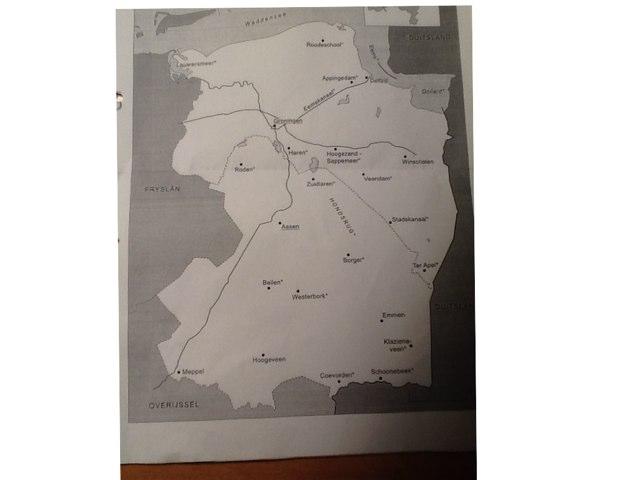 Topografie van de provincies Drenthe en Groningen by Annette Roordink