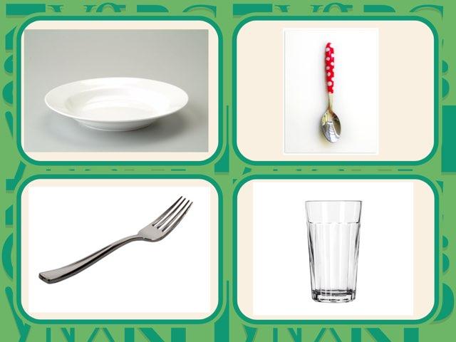 כלי אוכל וגדול קטן של אדם by Ira Gavrieli